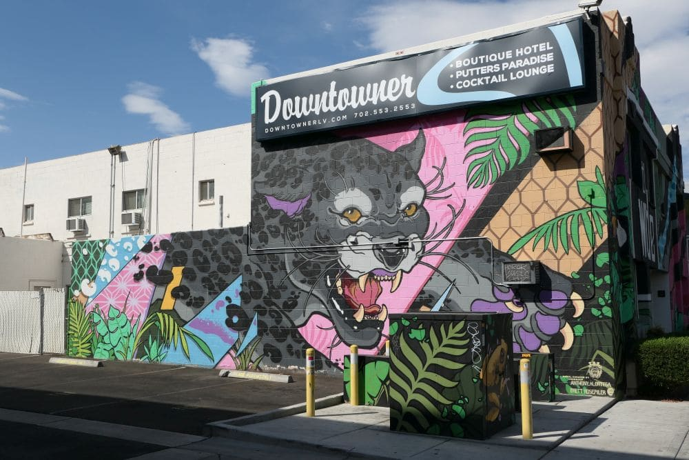 mural artist isi group downtowner hotel