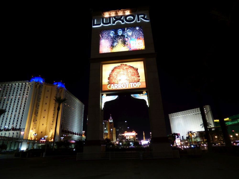 Sign Luxor hotel and casino in Las Vegas